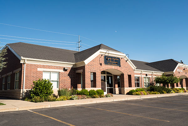 Exterior of Cassity & Legacy Implants and Periodontics in South Ogden and Kaysville, UT